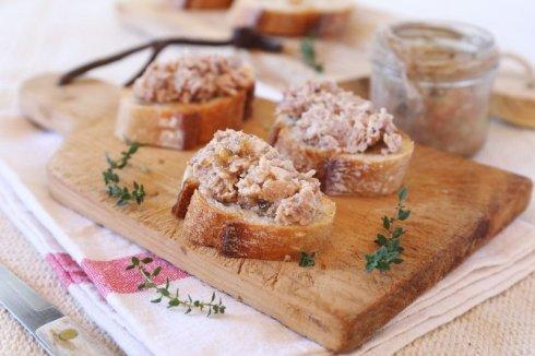 pasztet na chlebie